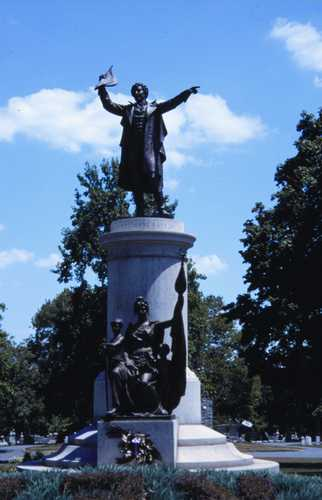 Francis Scott Key Monument at Mount Olivet Cemetery. Image. Public Domain, courtesy of the Tourism Council of Frederick County