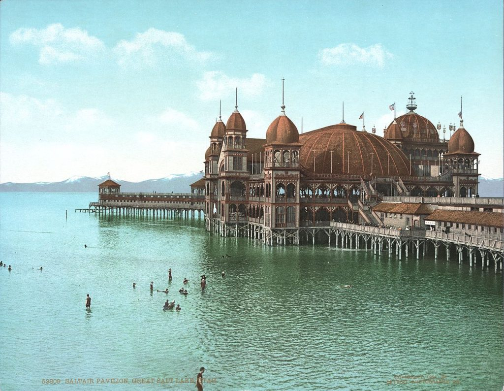 SaltAir viewed from Lake 1900. Image: public domain, Wikipedia.