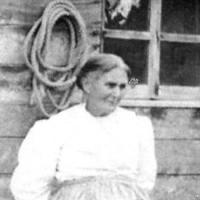 Kristin Holt | What Did Pioneers Use for Quilt Batt? Photograph of Rosetta Stringer Pickett, Kristin Holt's third-great grandmother.