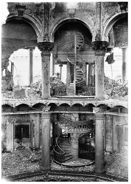 Kristin Holt | BOOK REVIEW: The San Francisco Earthquake of 1906: The Story of the Deadliest Earthquake in American History, By Charles River Editors. San Francisco City Hall Interior, showing the destruction after the April 1906 Earthquake (and subsequent fire). Image, courtesy of Pinterest.