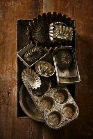 Kristin Holt | Victorian Cake: Tins, Pans, Moulds. Collection of Victorian cake pans, tins, moulds, gem pans, etc. Courtesy of Pinterest.