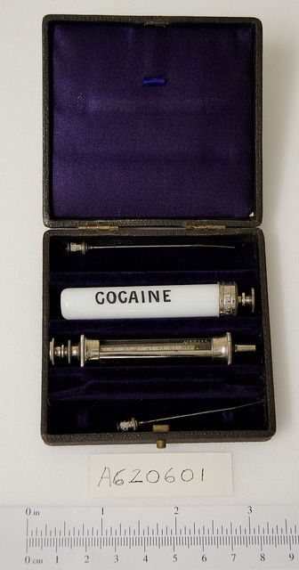 Kristin Holt | Cocaine in Victorian Dentistry. Photograph of (multi-use) vintage cocaine syringe.