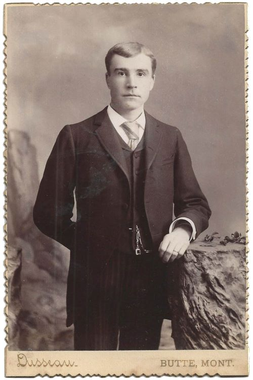 Kristin Holt | The Victorian Man's Suit of Clothes. Late Victorian American Cabinet Card dated 1889 to 1890; a handsome, well-dressed young man in his proper suit of clothes.