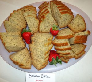 Kristin Holt | Victorian America's Banana Bread | Photograph of banan bread without nuts, courtesy of Wikipedia.