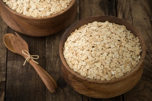 Kristin Holt | Oats. Image copyright: Freepik, used with premium subscription.