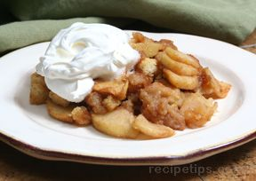 Kristin Holt | Victorian America's Brown Betty. Photo of Apple Brown Betty, courtesy of RecipesTips.com
