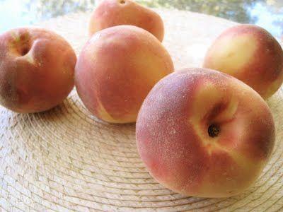 Photo: fresh peaches, courtesy of Pinterest.